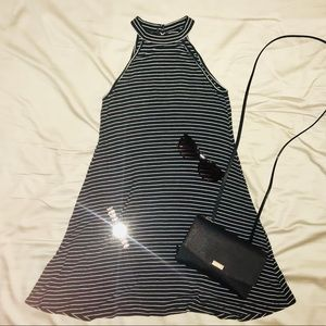 🆕AMERICAN EAGLE -Striped Dress🐼